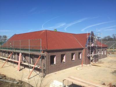 Fertigstellung der Dacheindeckung in Wolfsburg
